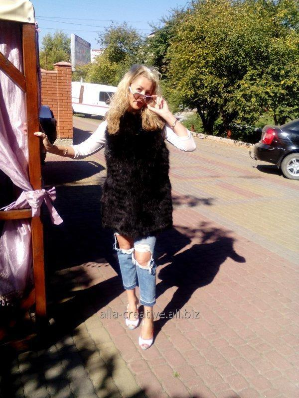 Купить Жилетка женская из меха лисы, покраска в черный цвет, расшивка, М16