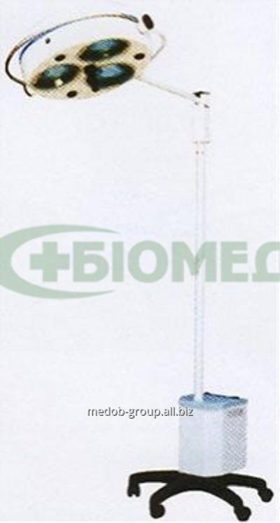 """Купить Светильник операционный L2000-3E -""""БИОМЕД"""", трехрефлекторный передвижной (аварийное питание)"""