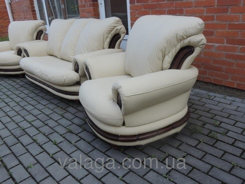 Купить Кожаный раскладной диван белый