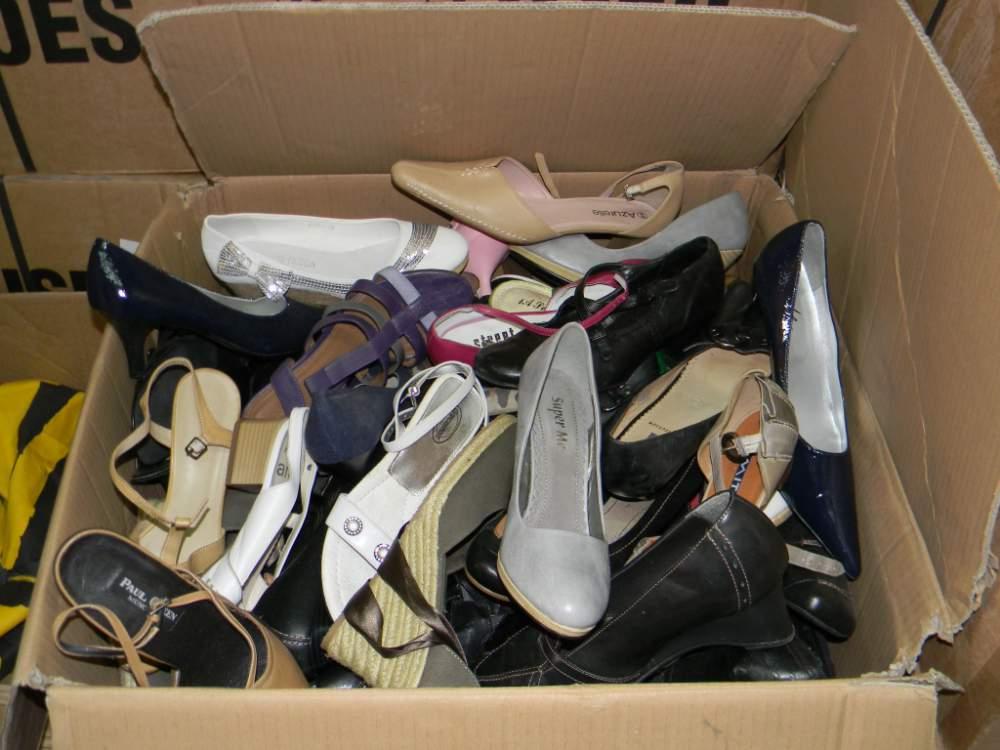 Найденное 406,989 мода весна обуви результатов
