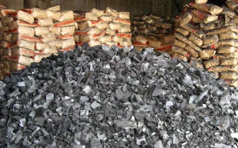 Древесный уголь с высокой теплотой сгорания