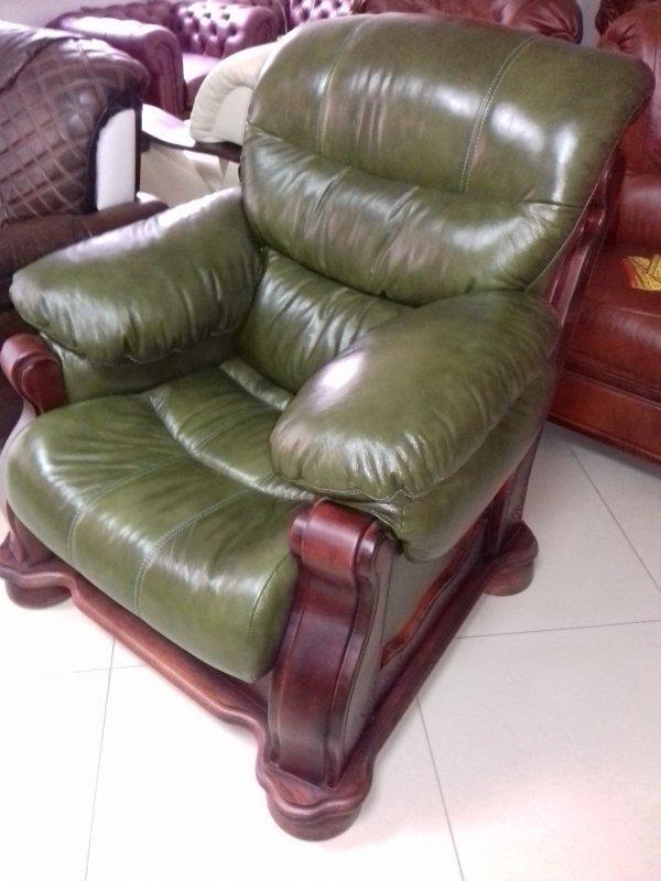 Купить Кожаный комплект диван Cezar V + кресло