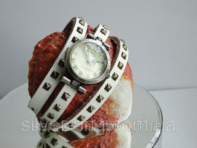 Белые наручные часы 0006Ч