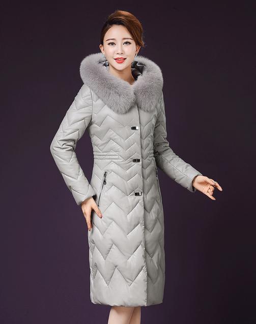 Купить Женский стильный зимний пуховик. Натуральный мех лисы Модель 1000
