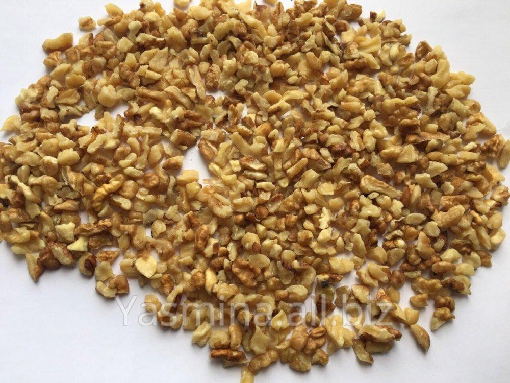 Кусочки грецкого ореха 2-4 и 4-8 мм