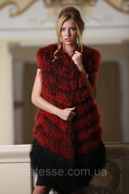Жилет из испанской ламы цвета бордо