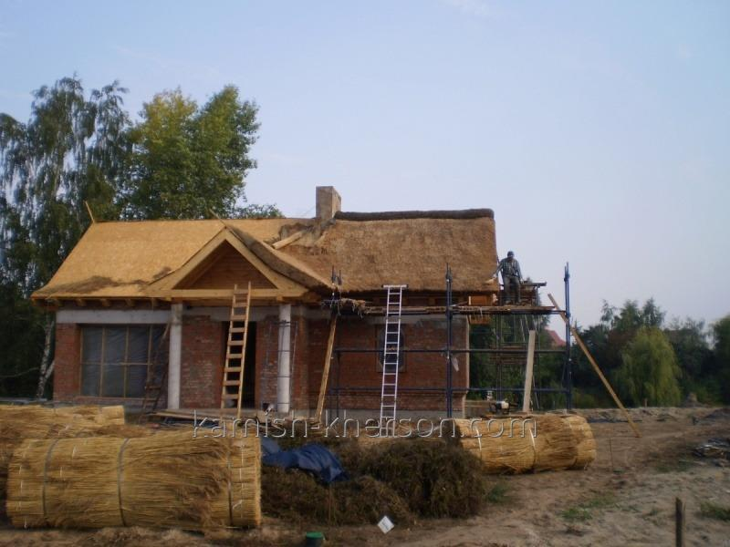 Камышовая крыша 2048 x 1536