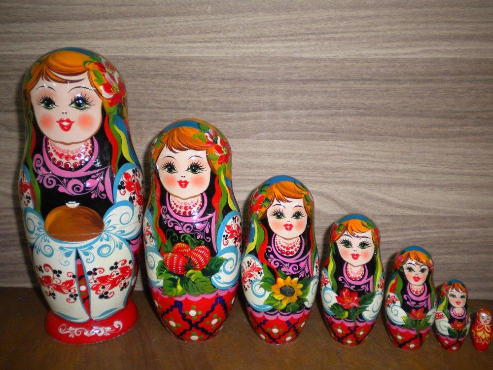 Украинская расписная матрёшка из 7-ми штук маленькая 733