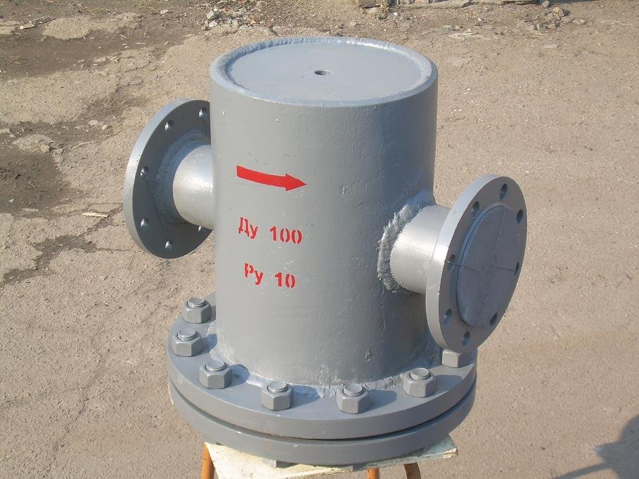 Грязевик вертикальный фланцевый или под приварку Ду100 Ру10, Ру16