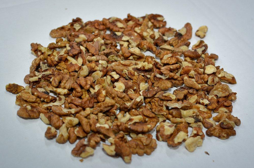 Купить Light-Amber Walnut Quarters.