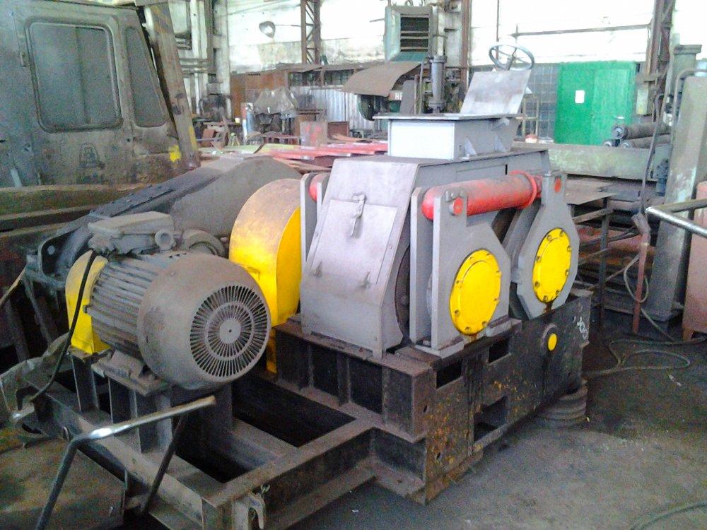 Пресс валковый ПБВ-24М для брикетирования минеральных удобрений.