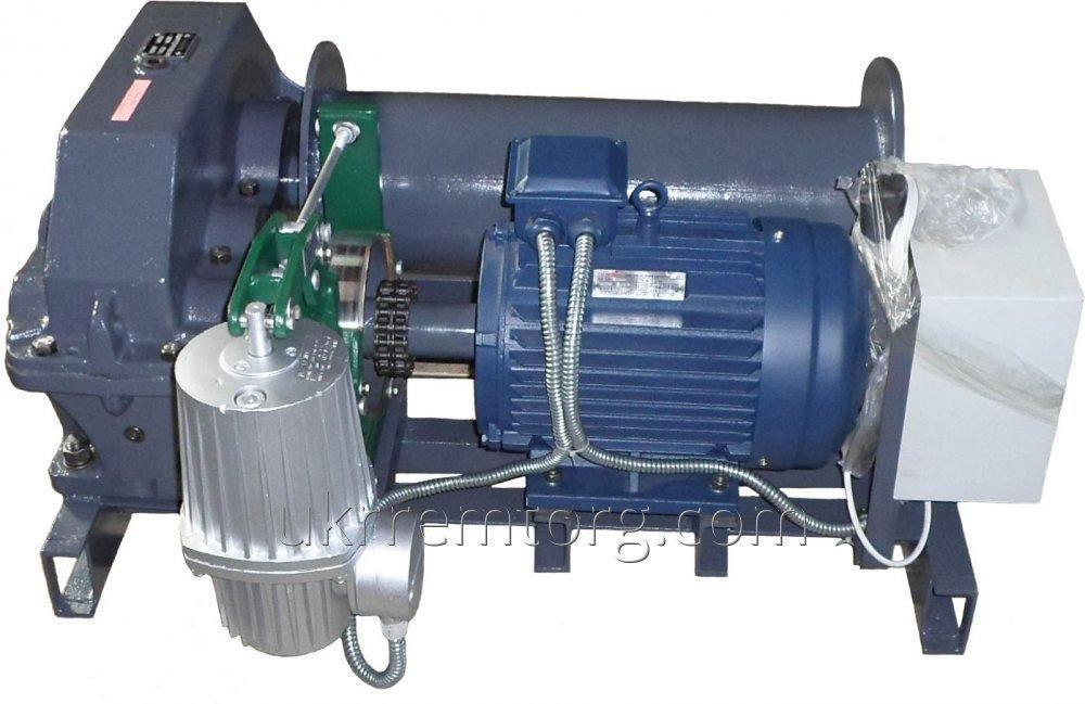 Лебедка электрическая тяговая 0.63т (630кг)