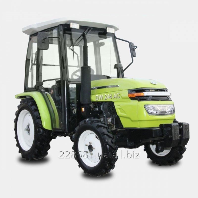 Купить  Tрактор DW 244AC