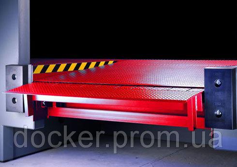 Платформа уравнительная Docker 2000х2500 6т с выдвижной аппарелью