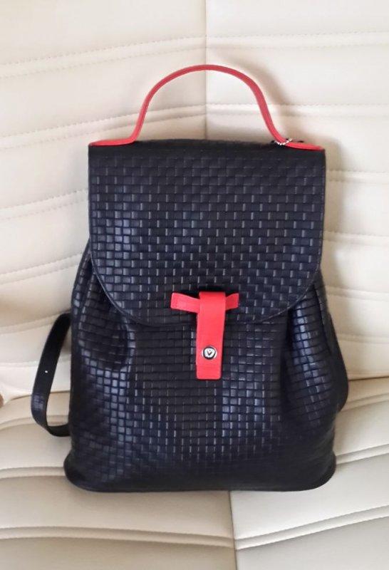 Женская кожаная сумка-рюкзак Valenta.