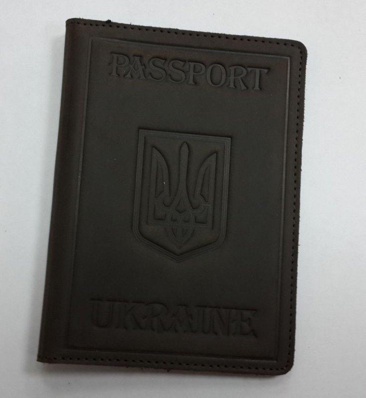 Кожаная коричневая обложка для загранпаспорта Valenta