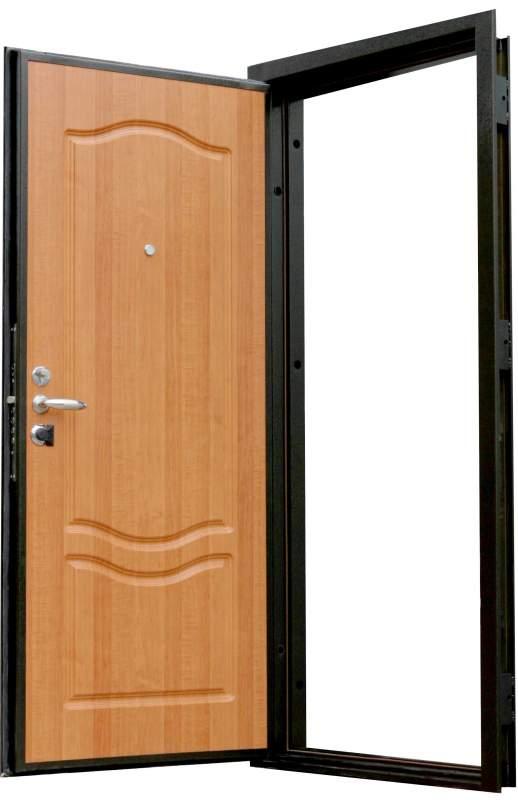 Дверь квартирная деревянная