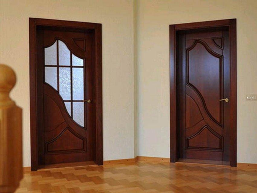 Дверь межкомнатная из масива дерева