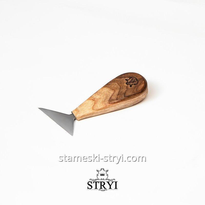 Нож стамеска для геометрической резьбы по дереву АЮ,  нарезной нож 62-65 мм