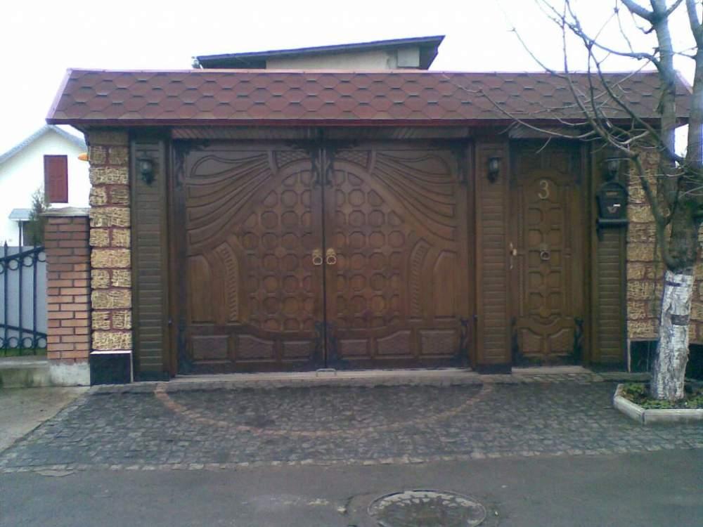 Купить Ворота из массива деревянные