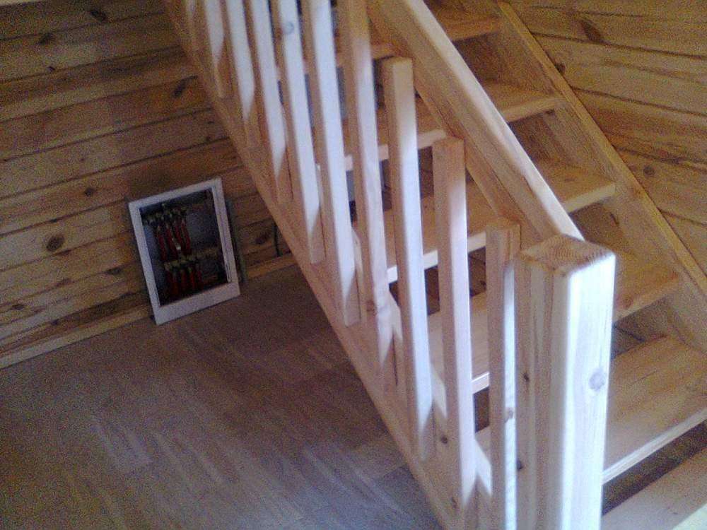 Купить Деревянная лестница в дом