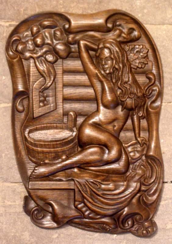Резные сувениры из дерева