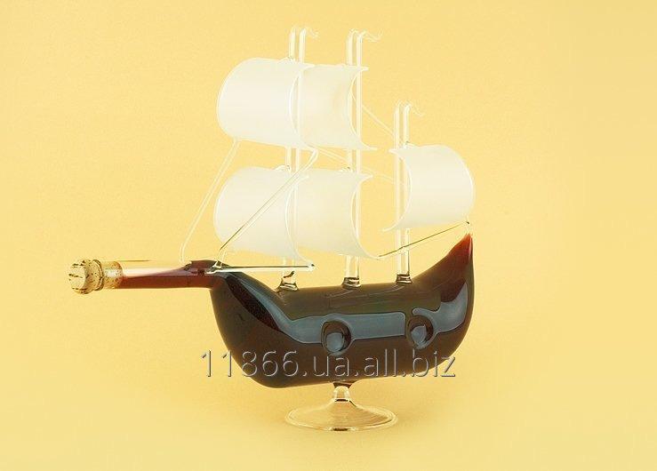 Оригинальній подарок - изделие из стекла (Кораблик)