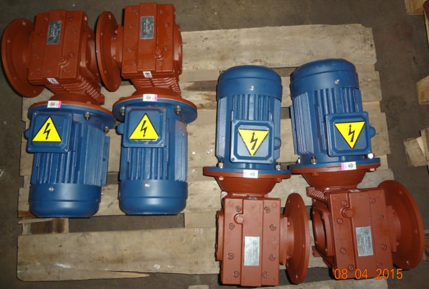 Мотор – редукторы червячные двухступенчатые тип МЧ2Ф 100