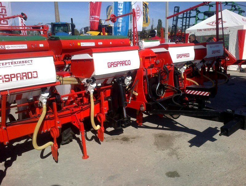 Seeder propashny Maschio Gaspardo SP 8. Intertekhinvest.