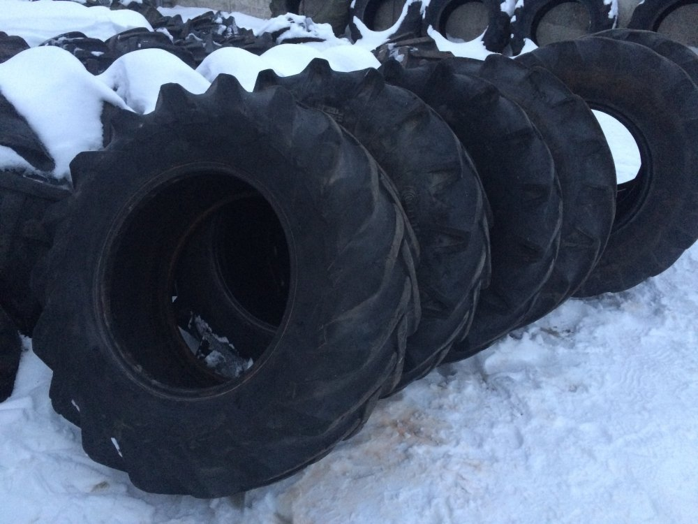 Second-hand tires 15,5-80 r 24 for special equipment