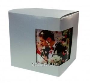 Картонная упаковка для кружек из дизайнерского картона