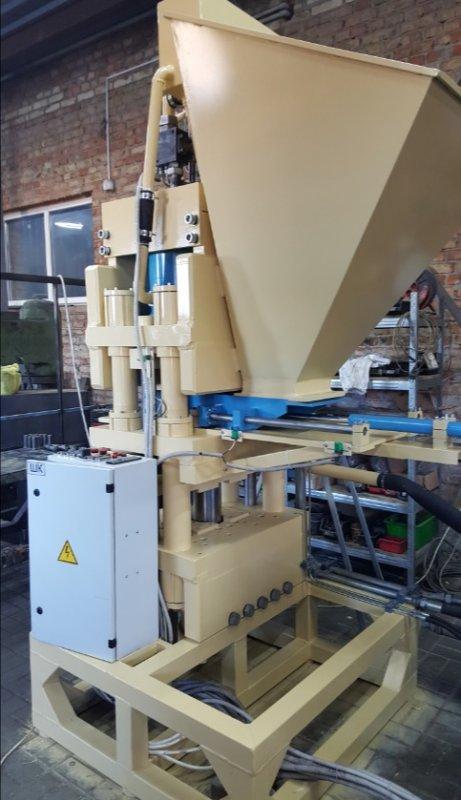 Пресс ПАК-300  для производства кирпича в час