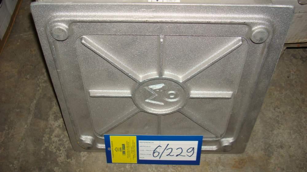 Крышка монолитного углового уловителя из полипропилена ПП Maco 10730