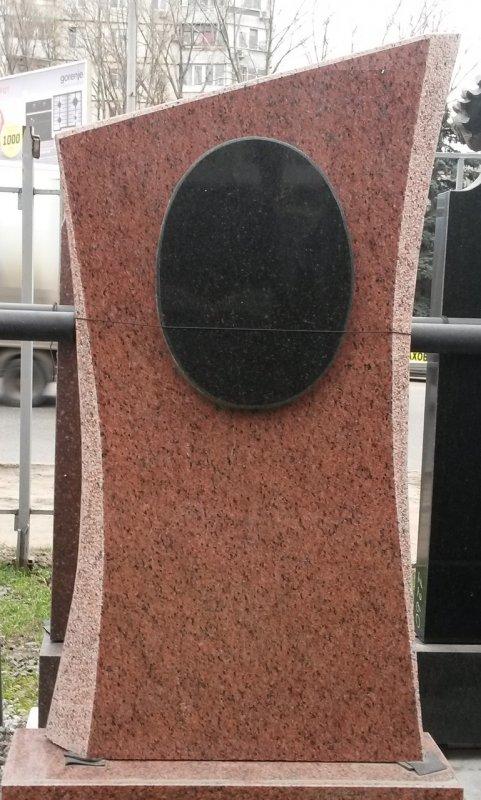 Памятник Гранит Лезники, размер детали 120/60/8