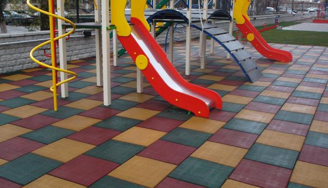 Купить Резиновая плитка для спортивных площадок
