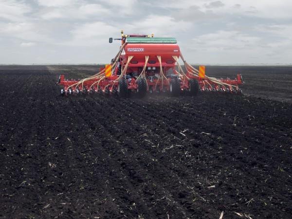 Сеялка зерновая пневматическая Gaspardo Gigante 900