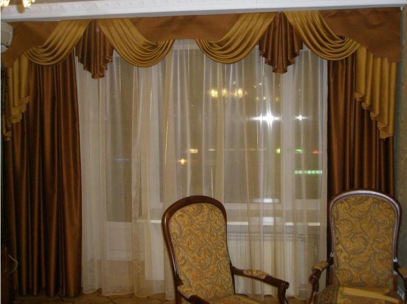 Красивые ламбрекены для зала