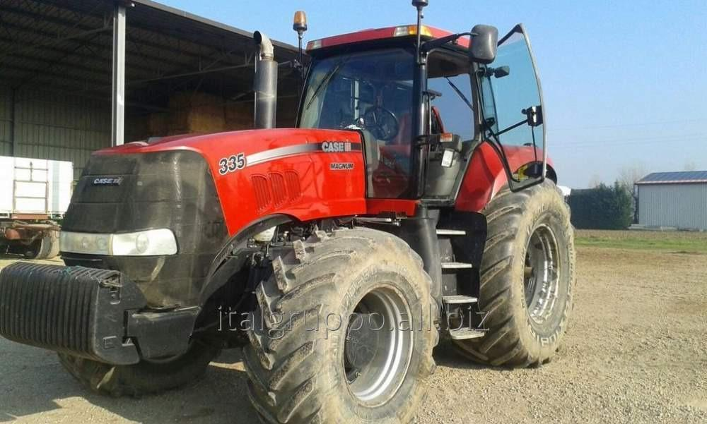 Трактор CASE 335
