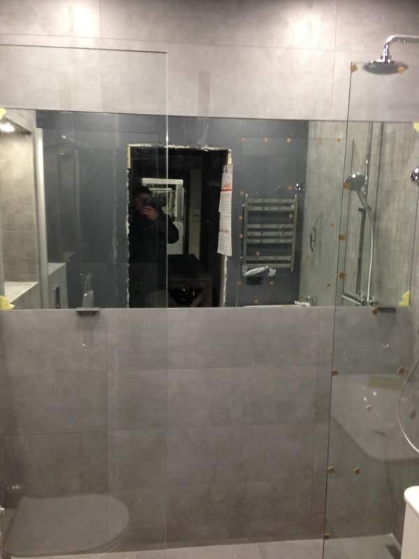 Шторка для ванной комнаты Стекло