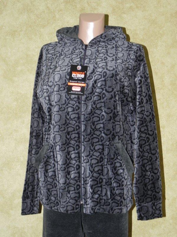Костюм женский серый велюр с удлиненной курткой