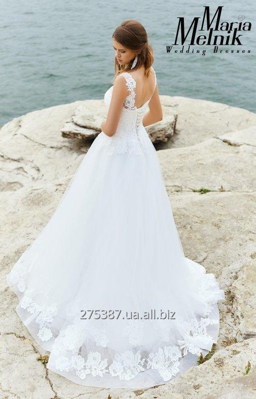 Купить А-силуэтное свадебное платье с кружевом