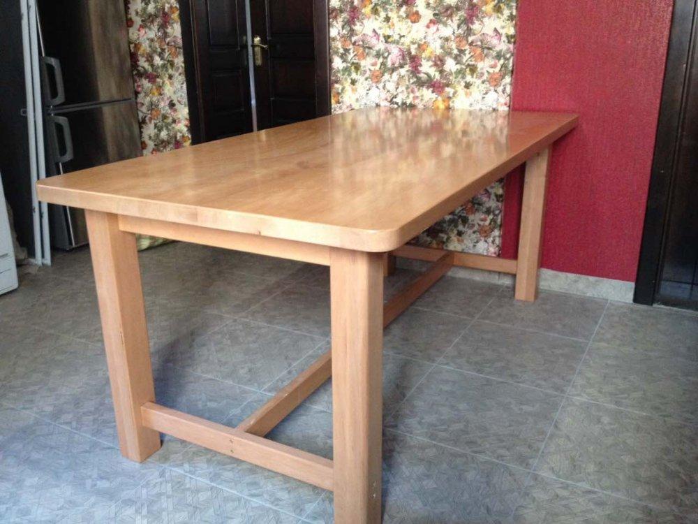 Стол кухонный из массива ольхи 900 х 1800 мм