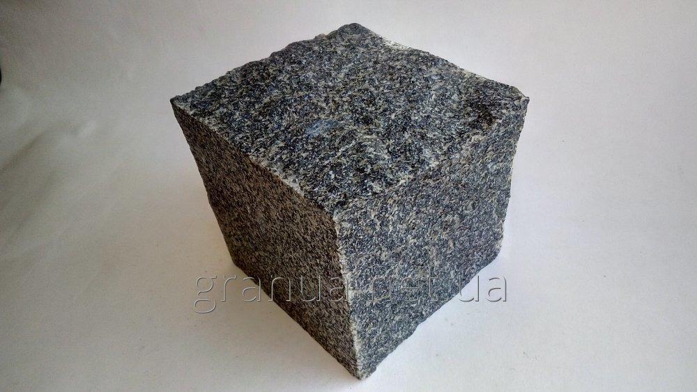 Buy Stone blocks from granite (gabbro) of chipped 10х10х10 cm