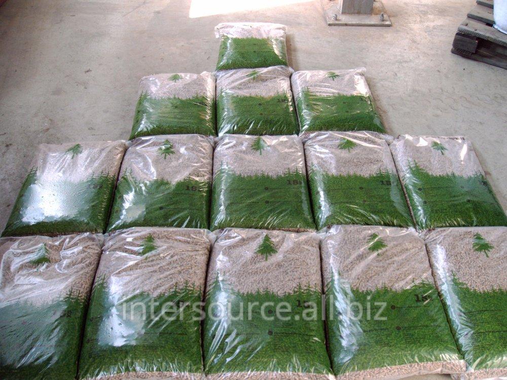 Купить Топливные древесные гранулы - пеллеты в мешках по 15 кг