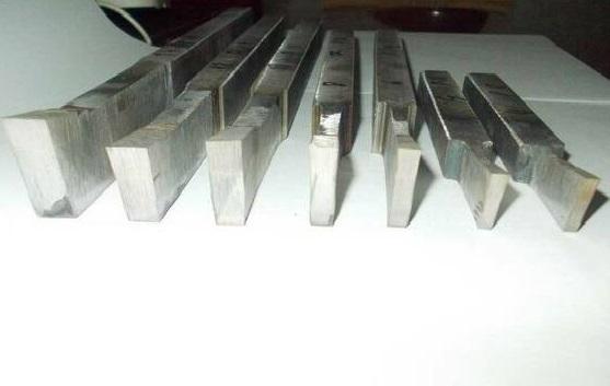 Купить Резец долобежный тип 2 Р6М5 20х12х250 а=6