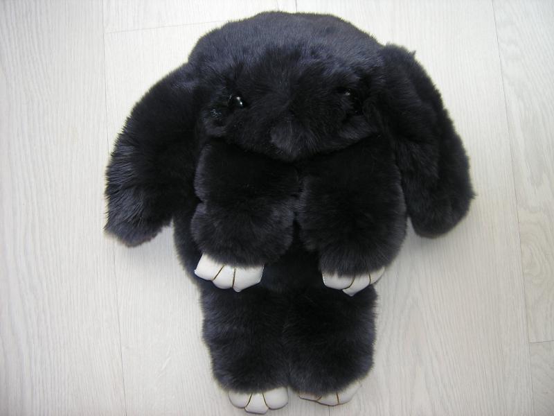 Сумка-игрушка  Кролик в темно - сером цвете