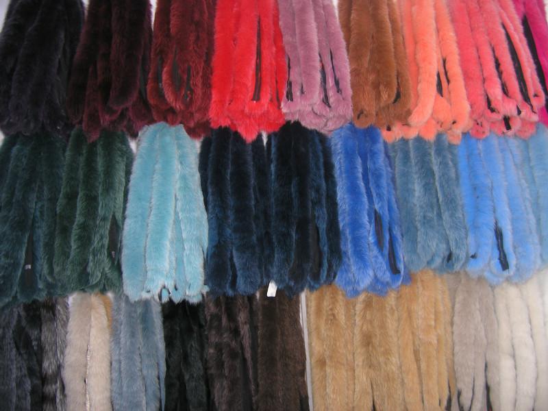 Опушка песец хвостовая, цвета разные