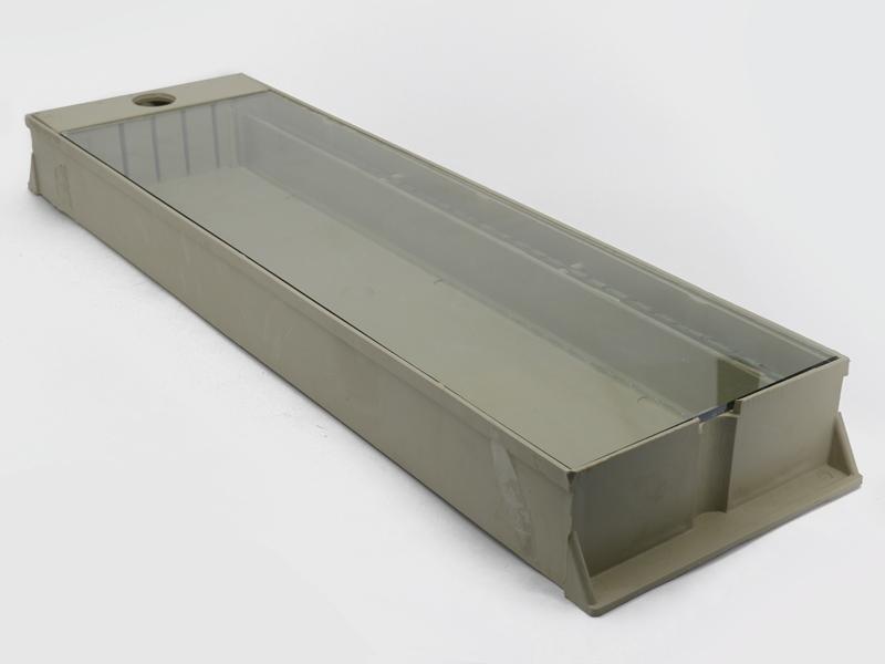 Кормушка 1,6 л. под стекло