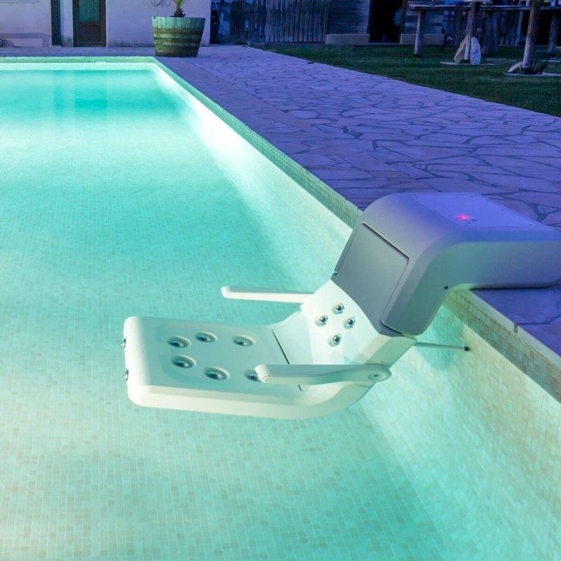 """Мобильное SPA-кресло """"WSD"""" для бассейна"""