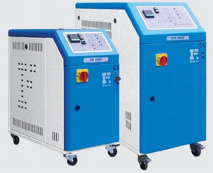 Темостат (контроллер температуры, нагреватель, агрегат для нагрева оборудования и жидкостей) производства Италии.